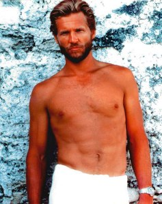 Jeff-Bridges-GQ-Pose-Rolex-Submariner