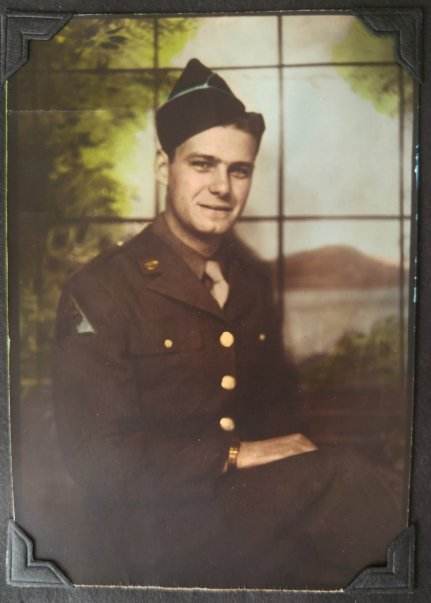 dad1945portrait